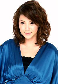 profileayamatsuura01